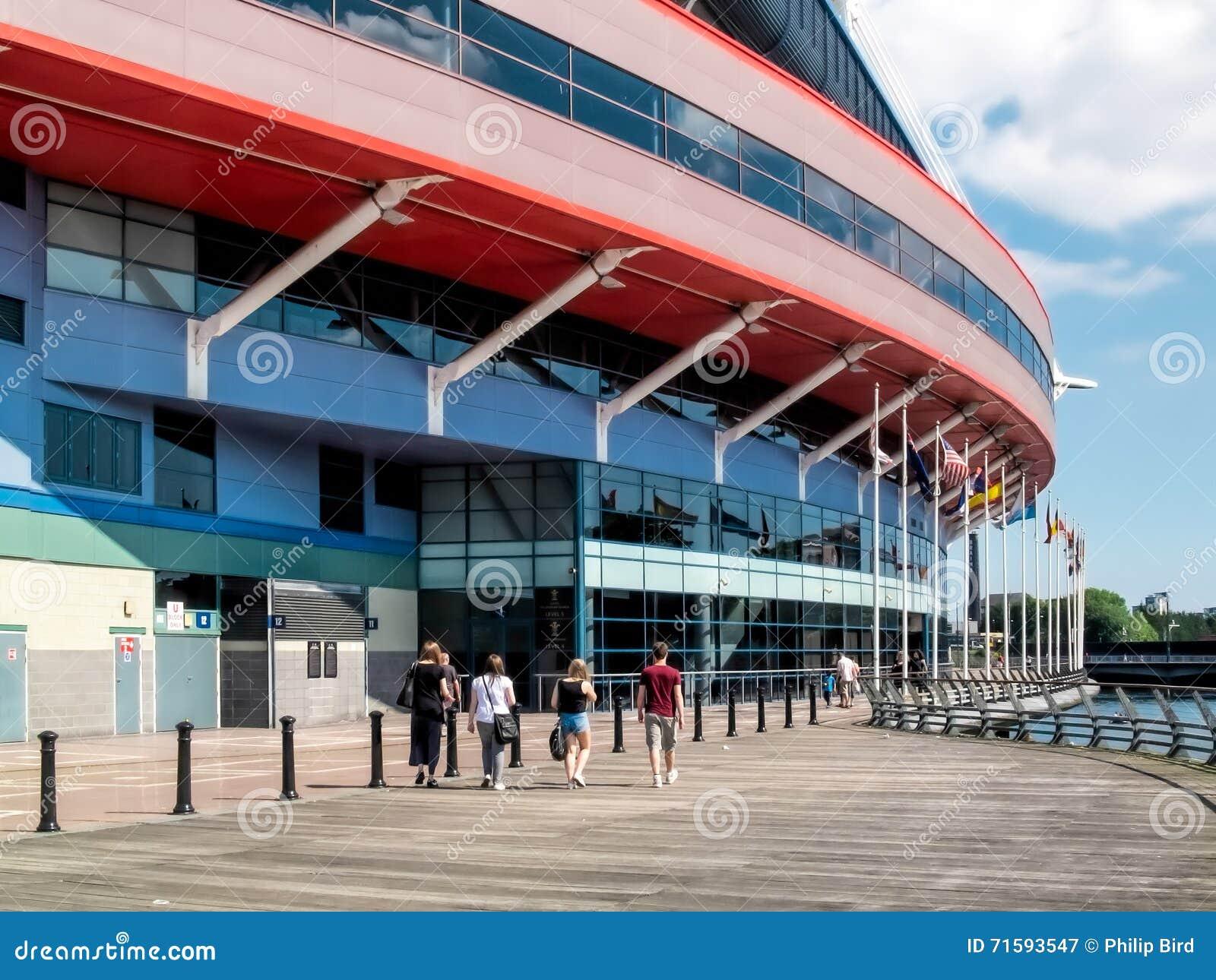 CARDIFF, WALES - JUNI 8: Het Millennium Stadium bij de Wapens van Cardiff