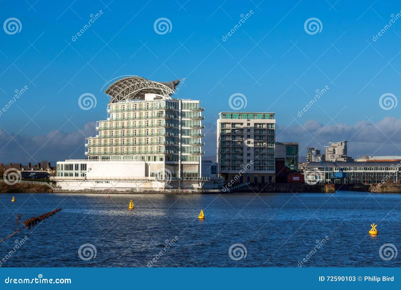 CARDIFF, WALES/UK - 26 DECEMBER: Het St David Hotel & Kuuroord binnen