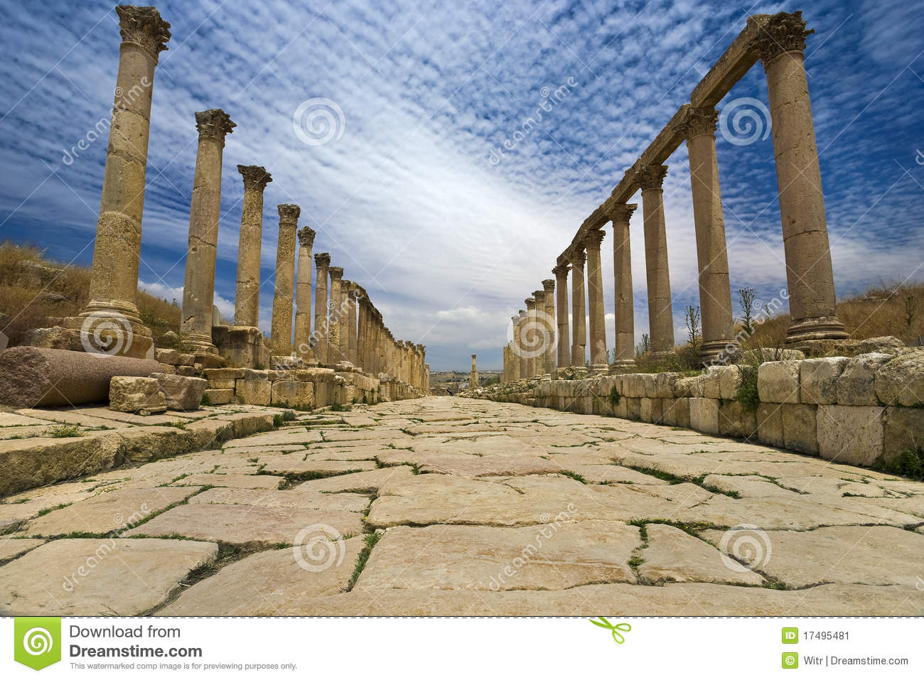 The Cardo In Jerash Stock Image Image Of Stone Archaeological