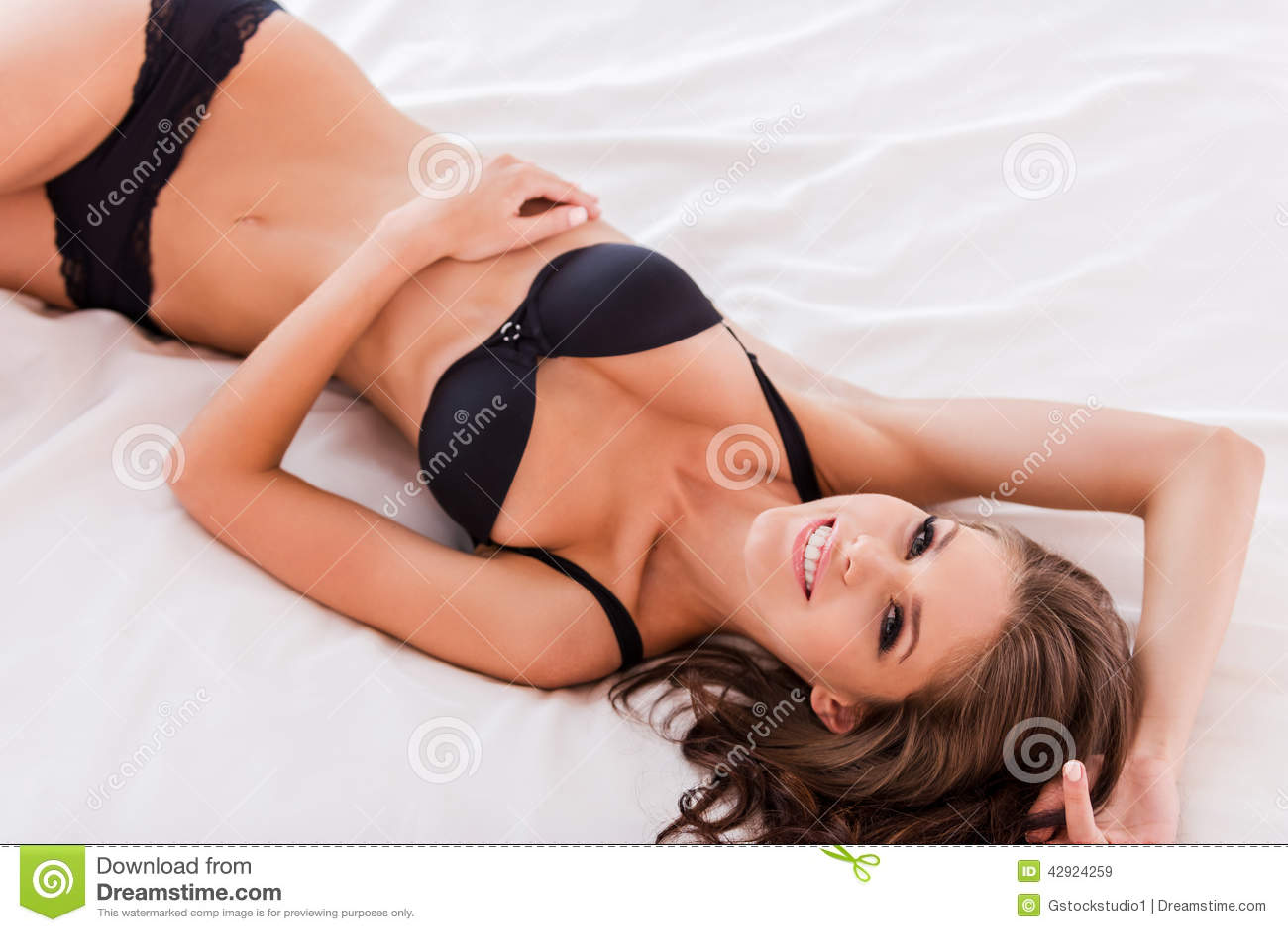 Ramya nambeesan hot nude gallery