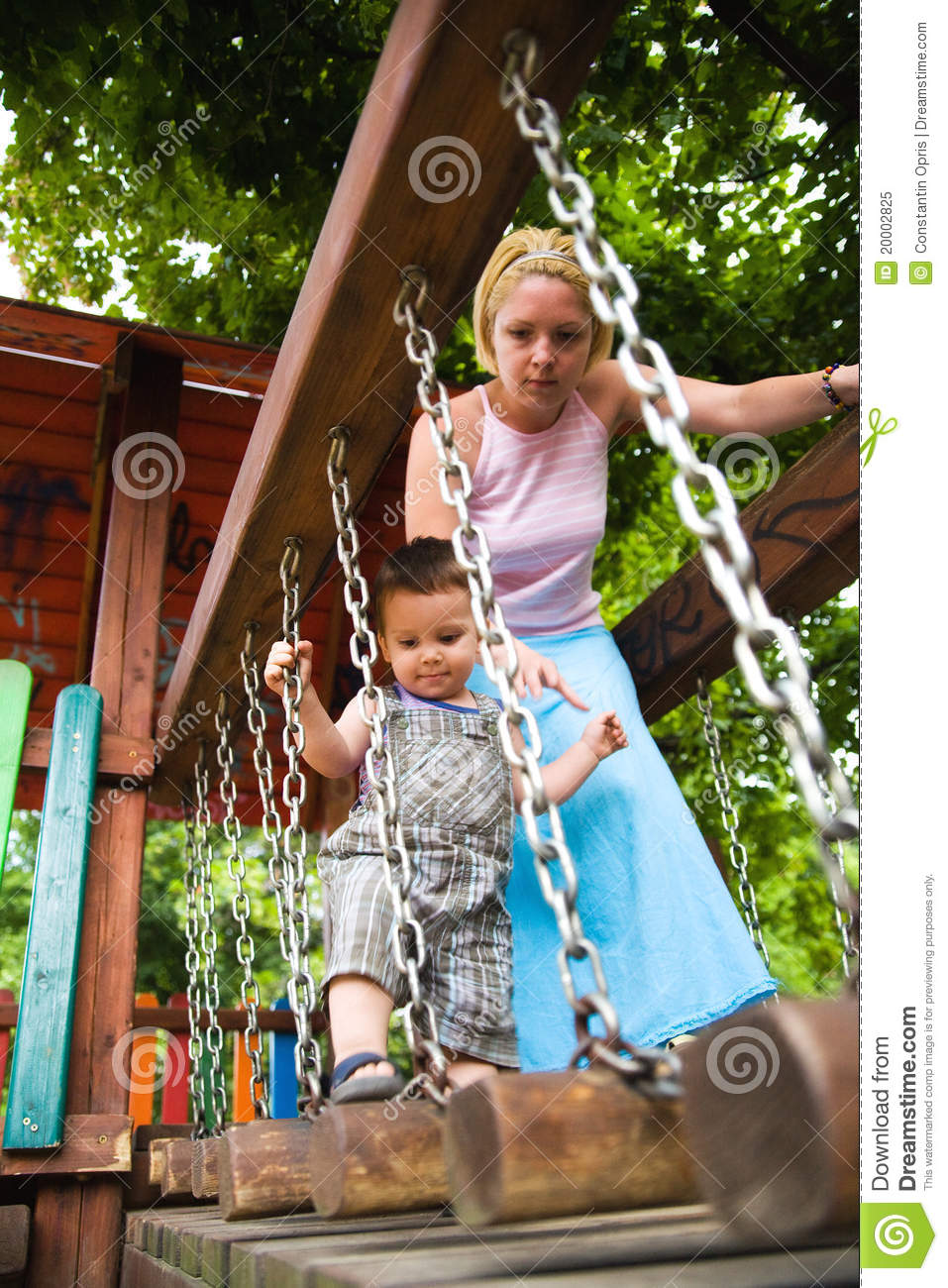 a childs description of a relationship with her father One of the most complicated figures is that of the absent father  deny the  importance of her role in forming an healthy bond with her child  an absent  father who does not establish any kind of relationship with his children.