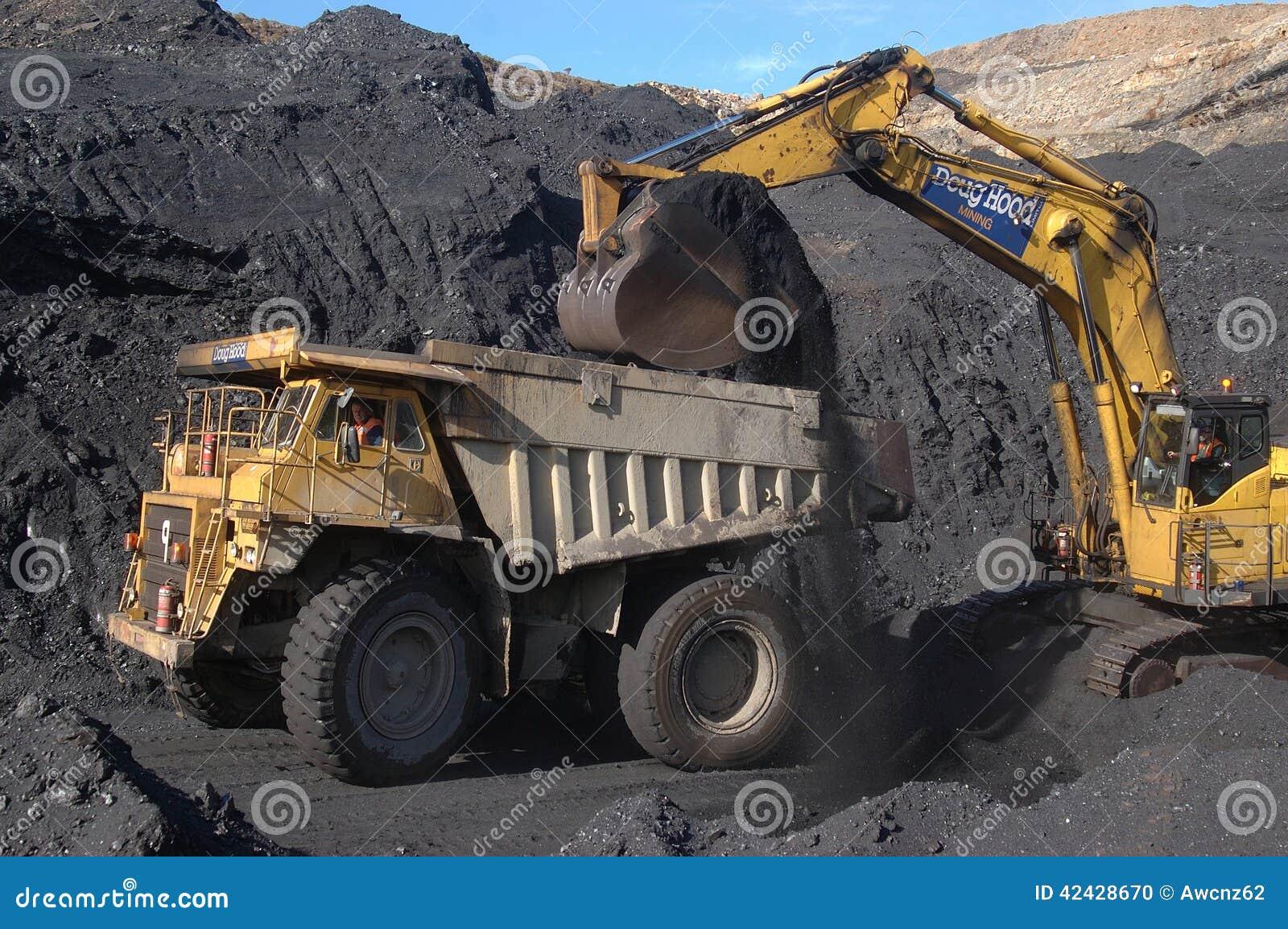 Cargamento del camión del carbón
