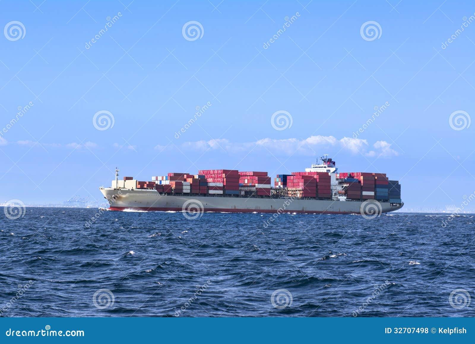 Long Beach Freighter Travel