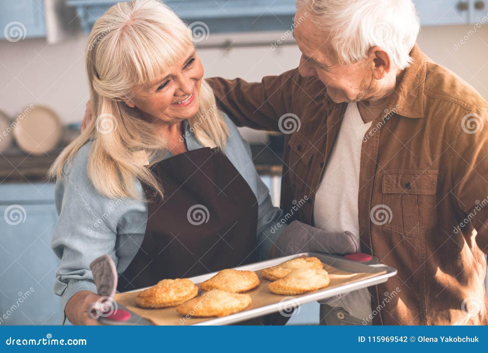 hungry mature women