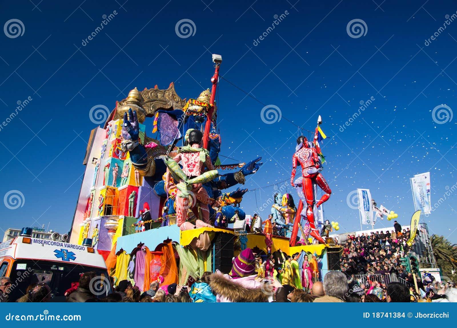 Carnaval de Viareggio 2011, Italia