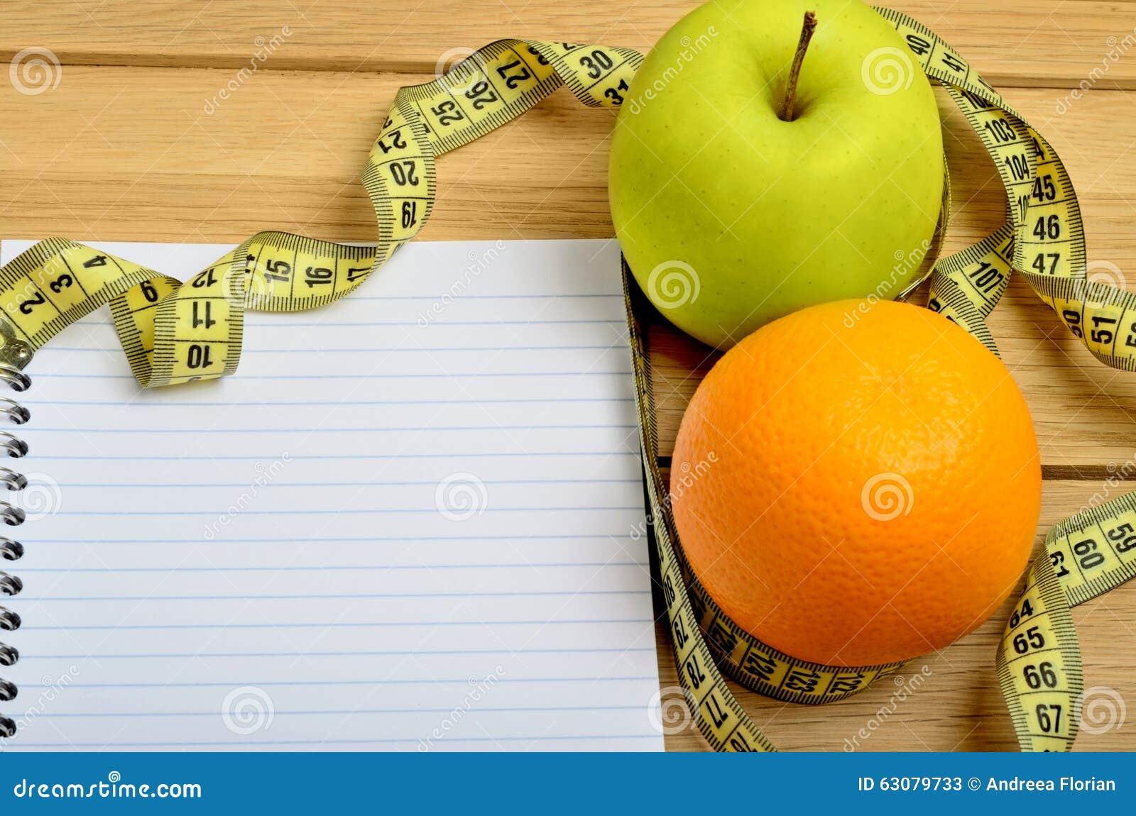 Download Carnet Avec Le Fruit De Pomme Et D'orange Image stock - Image du message, nutrition: 63079733
