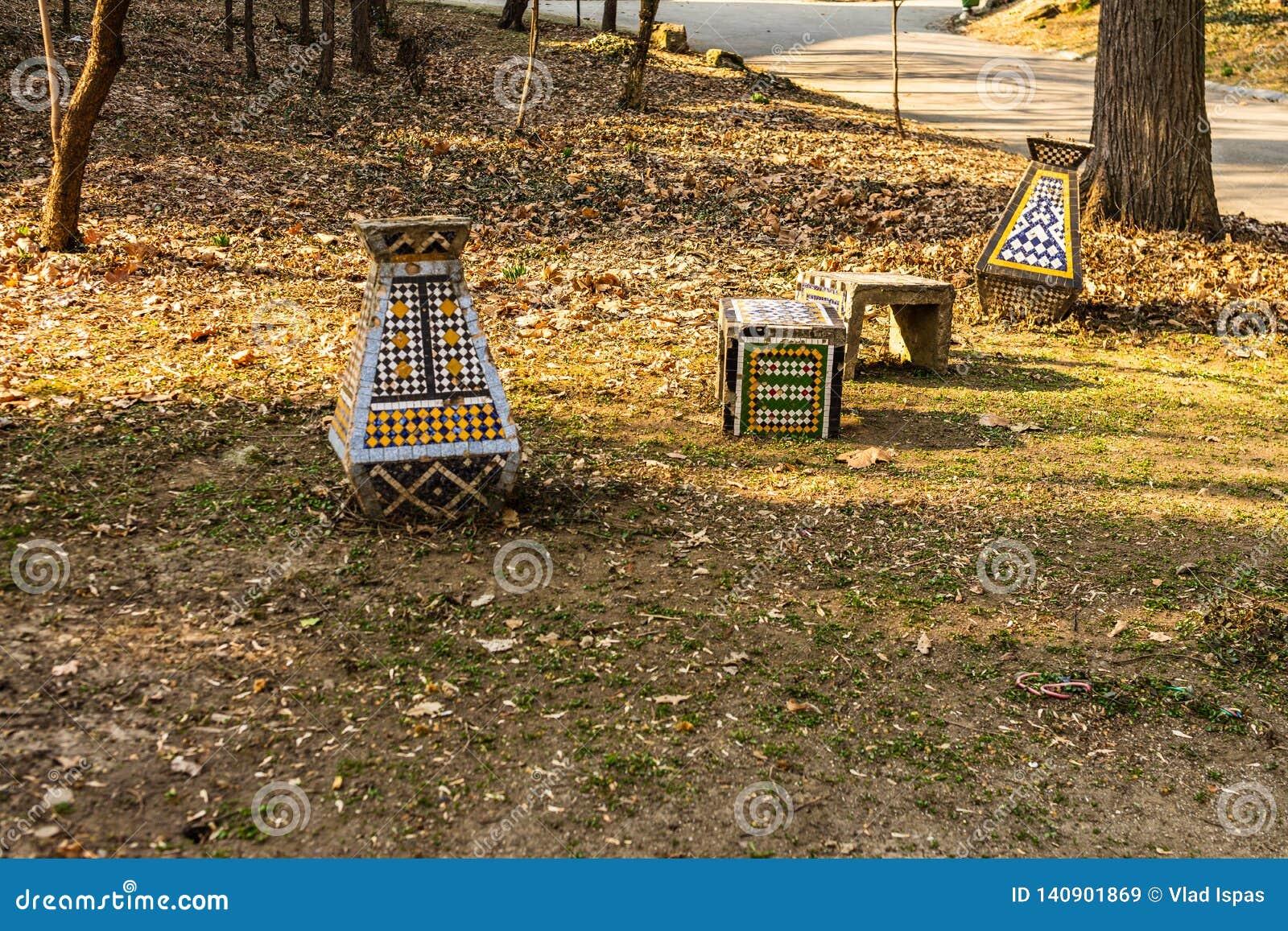 Carol Park in Boekarest, Roemenië Lege steeg