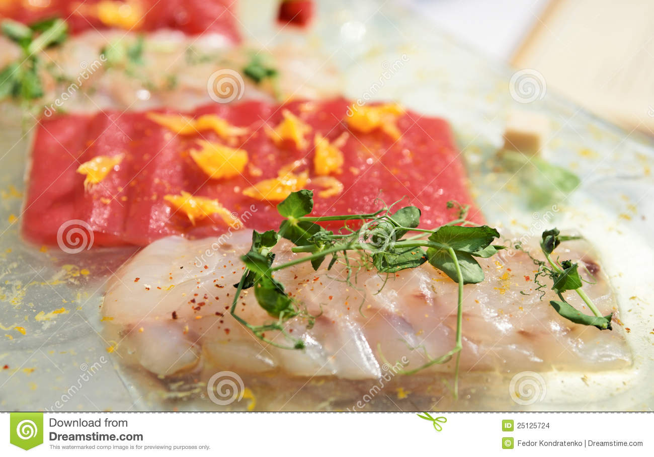 Carpaccio of tuna and seabass