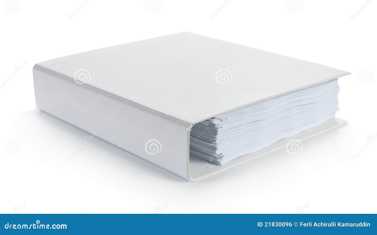 Carpeta blanca en blanco