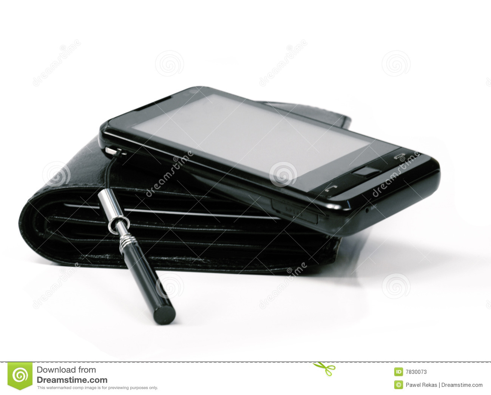 Carpeta y teléfono