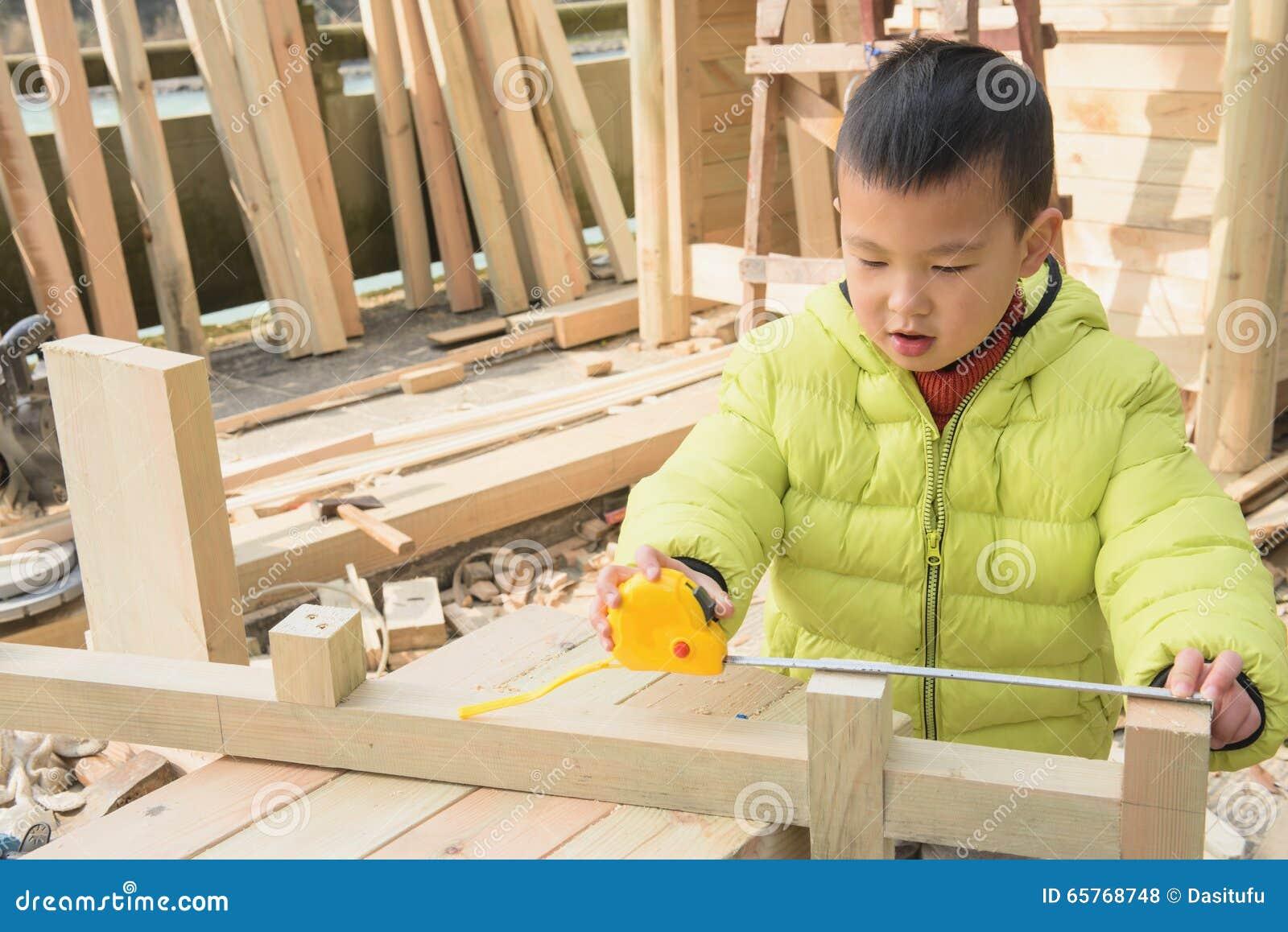 Carpinteiro pequeno