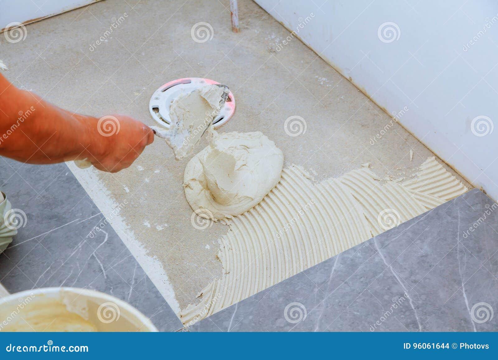 Carreau de céramique blanc à la mode élégant avec un chanfrein sur la réparation des appartements et des salles de bains