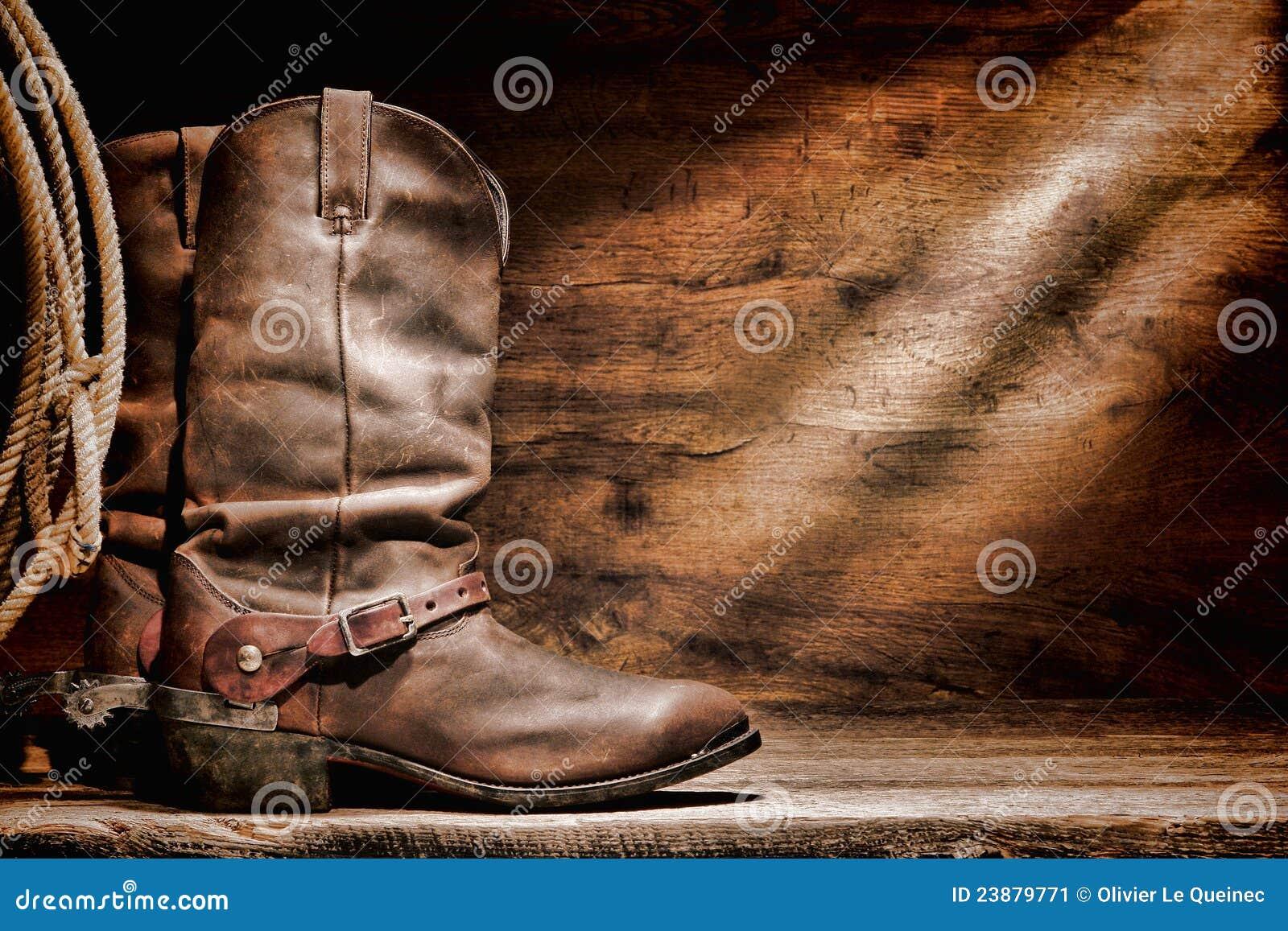Carregadores de cowboy ocidentais americanos do rodeio e dentes retos ocidentais