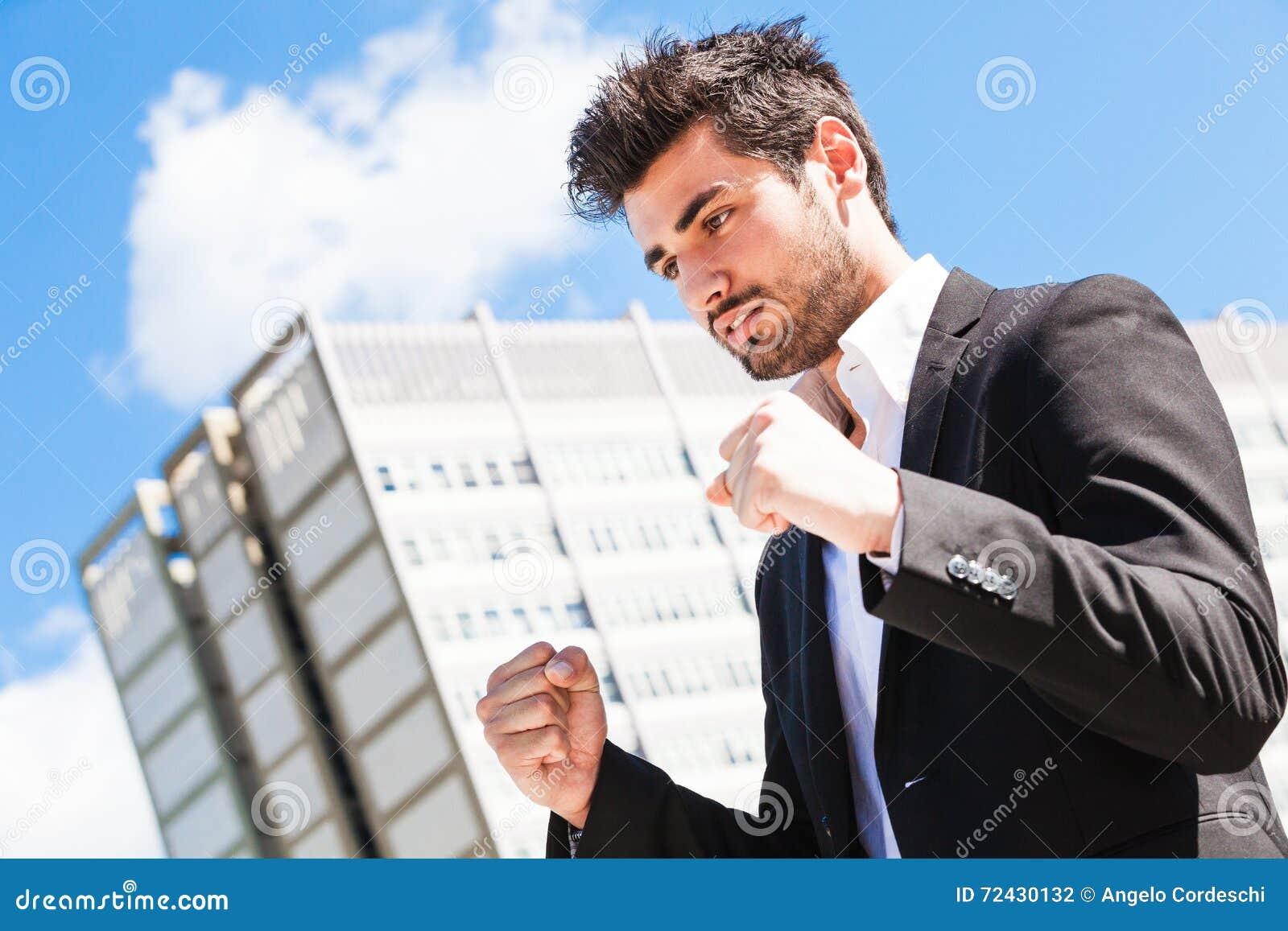 Carreira do homem do trabalhador novo Homem de negócio