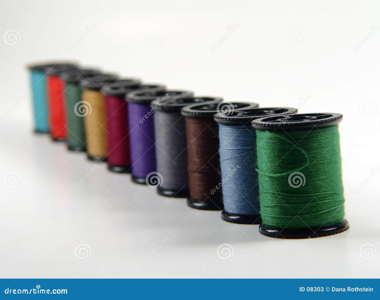 Carretes del hilo de coser