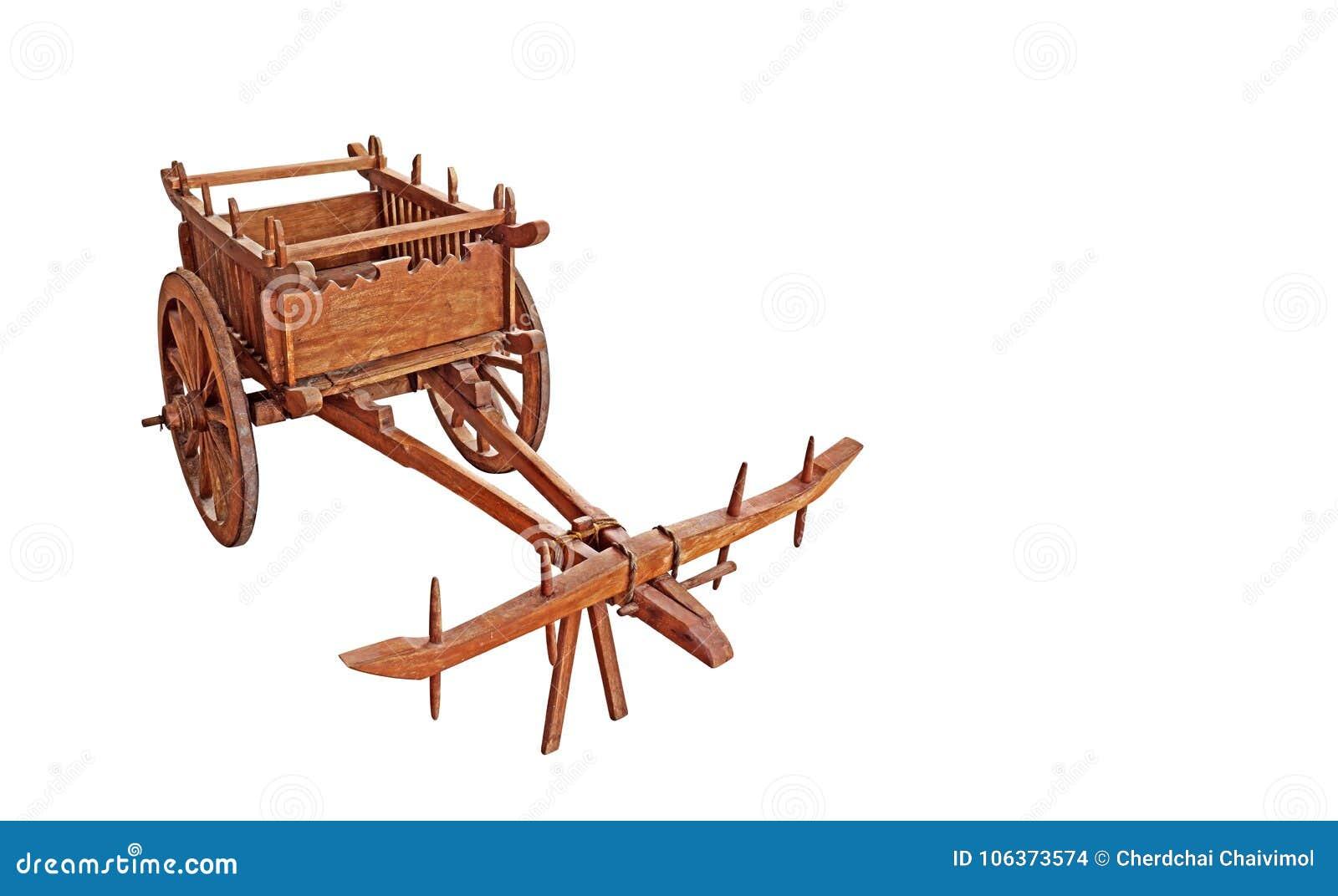 Carretto di Bullock di legno su fondo bianco, percorso di ritaglio