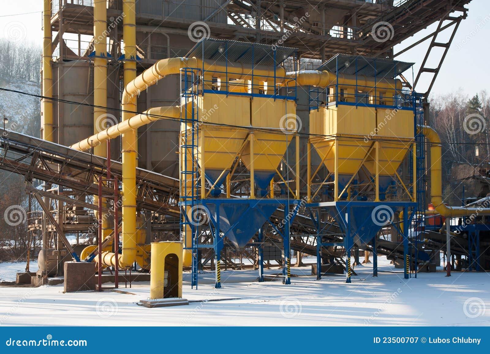 Carri re de gravier convoyeurs bande et silos - Prix gravier carriere ...