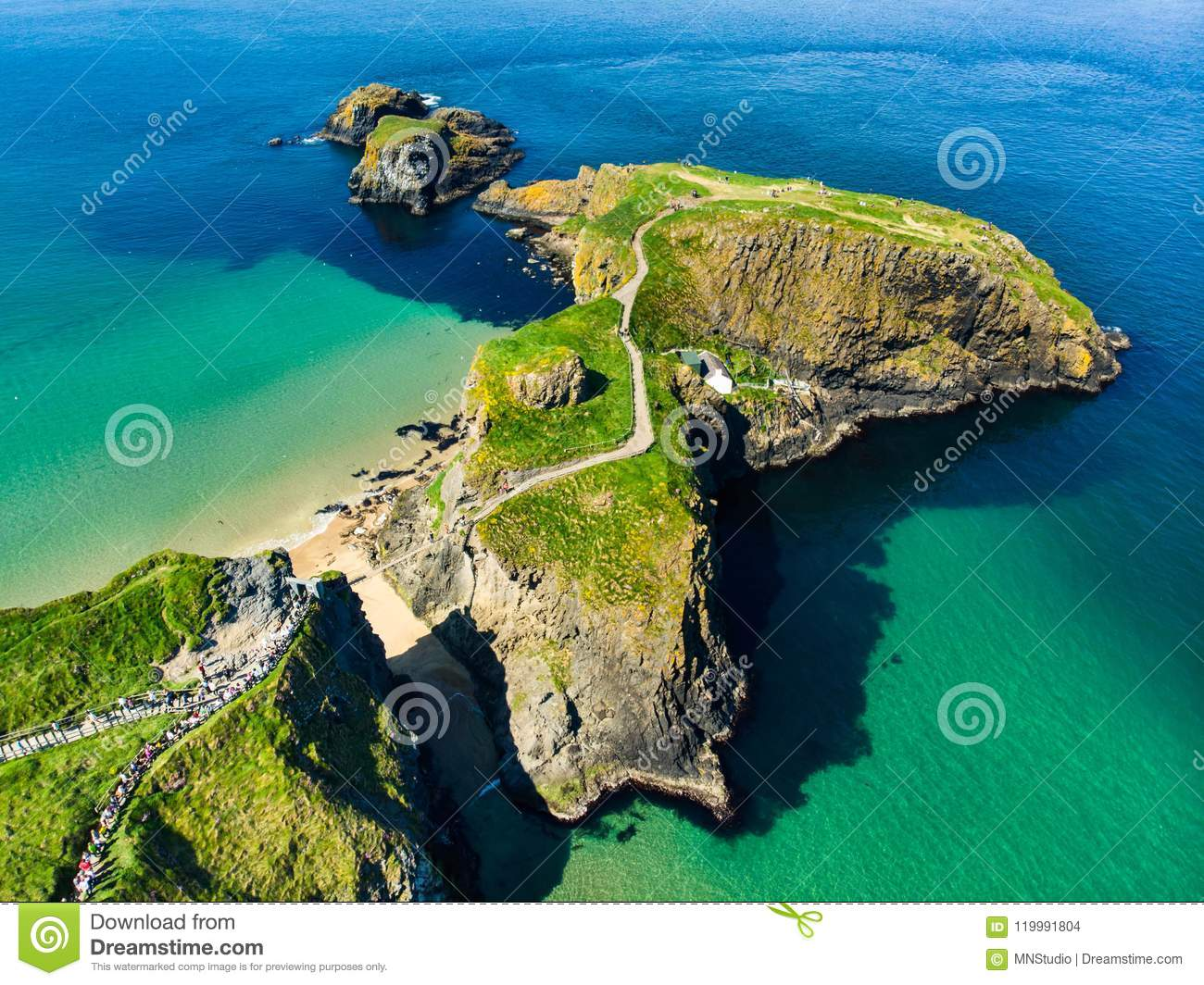 Carrick-a-Rede Rope Bridge, famous rope bridge near Ballintoy in County Antrim, linking the mainland to the tiny island of Carrick