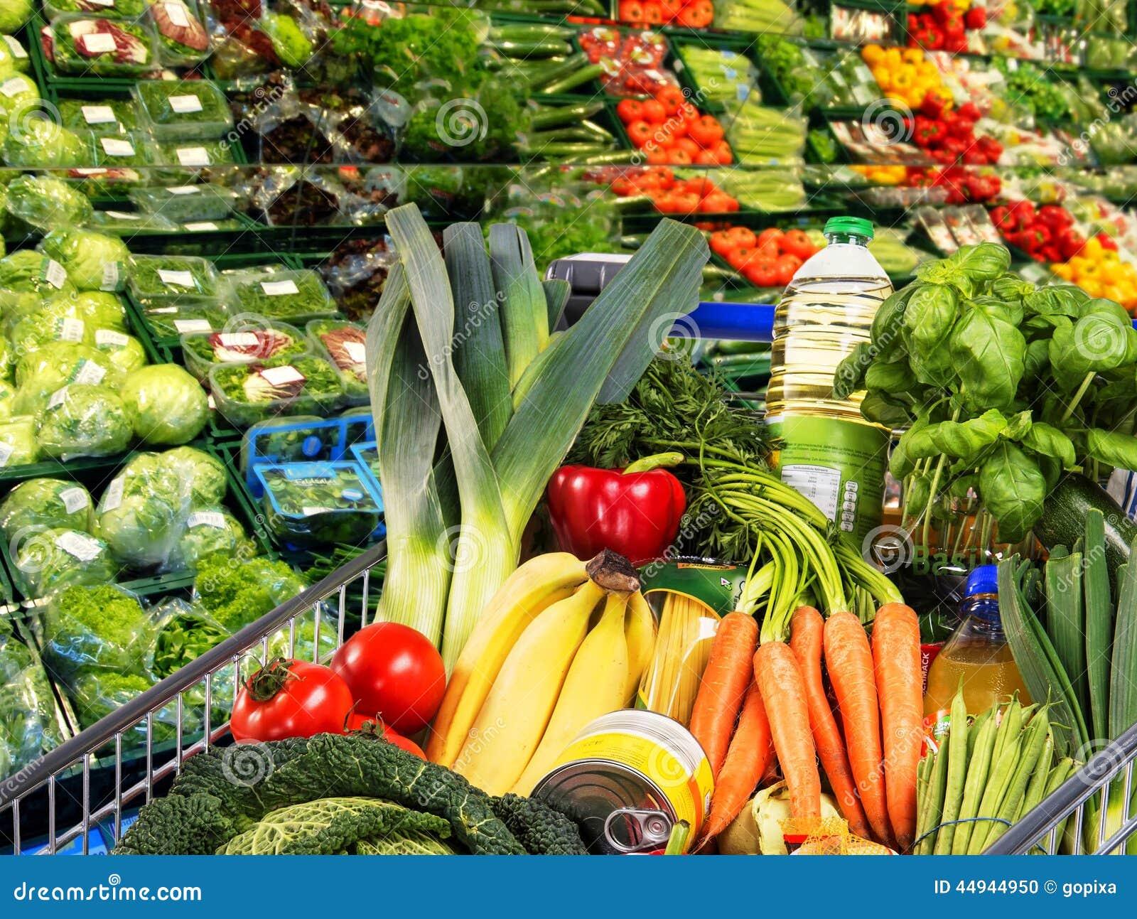 Carrinho De Compras Com Frutas E Legumes Foto De Stock Imagem De Comércio Vitaminas 44944950