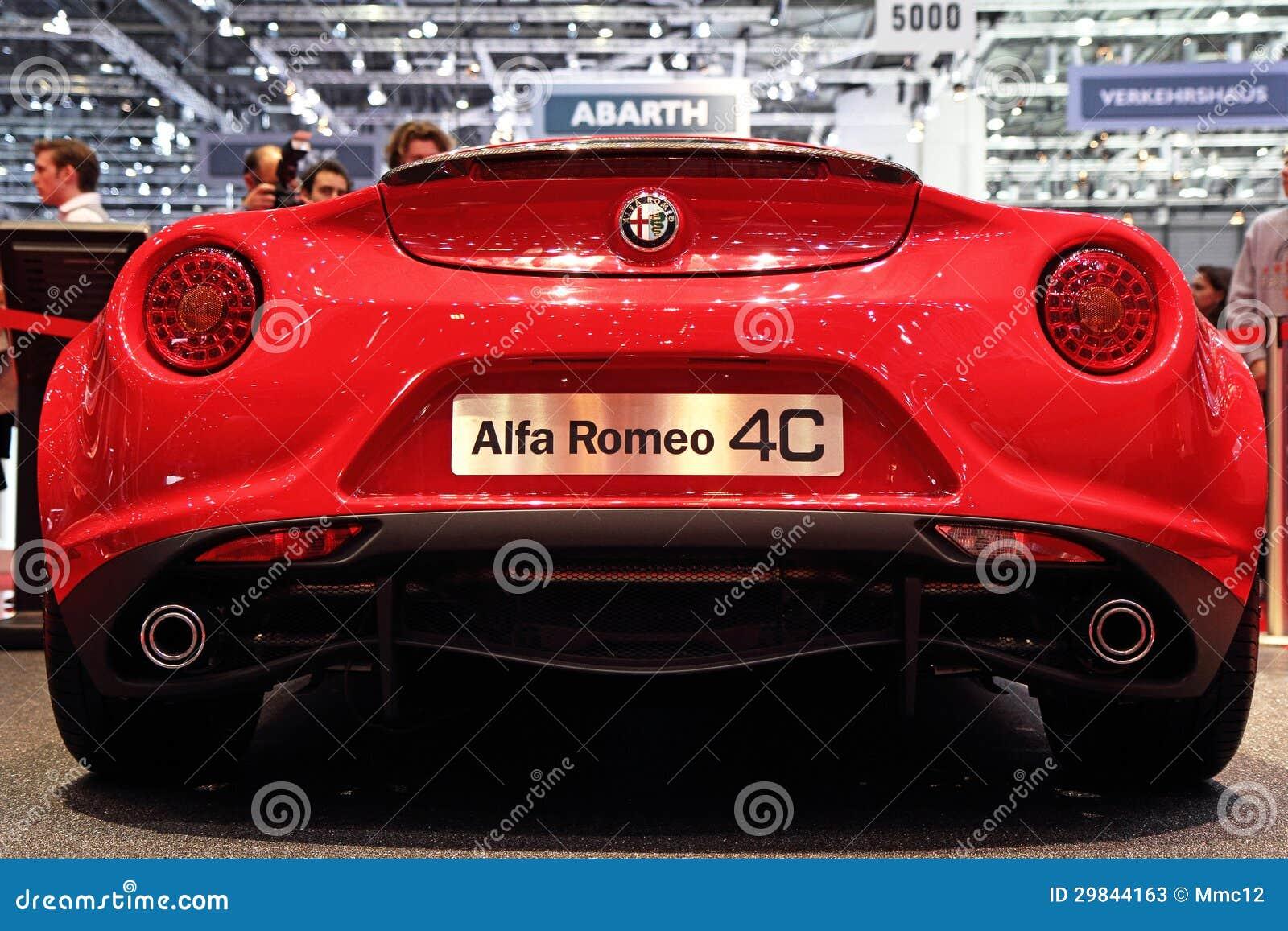 Edição do lançamento de Alfa Romeo 4C - exposição automóvel 2013 de Genebra