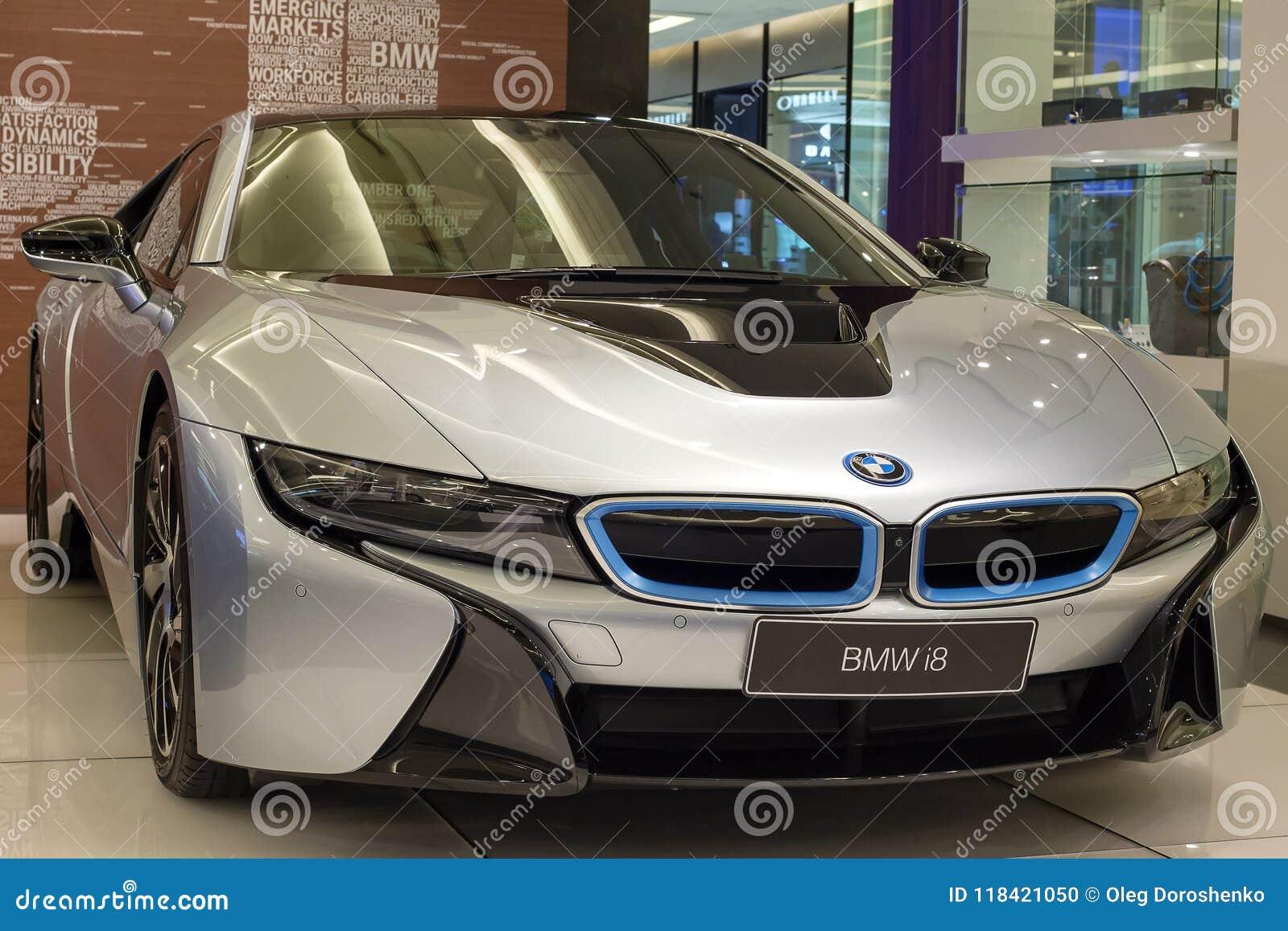 Carro De Bmw I8 Na Exposicao Em Siam Paragon Mall Em Banguecoque