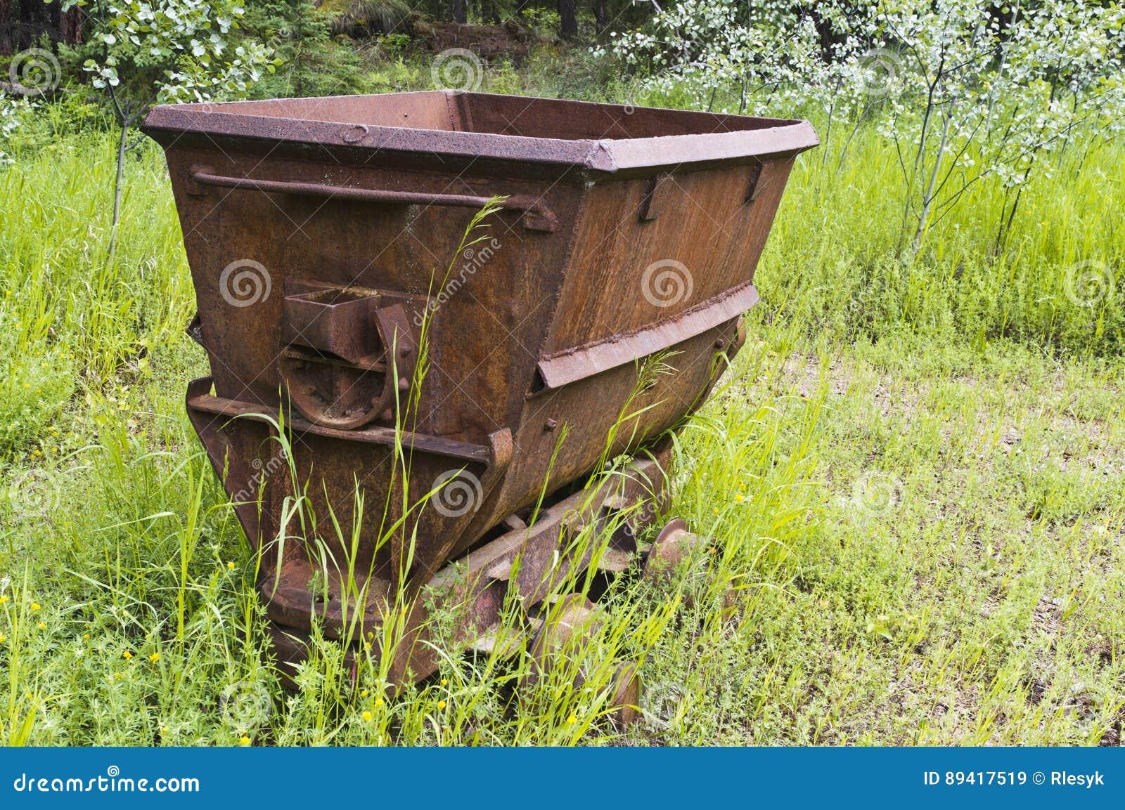 Carro de carvão abandonado
