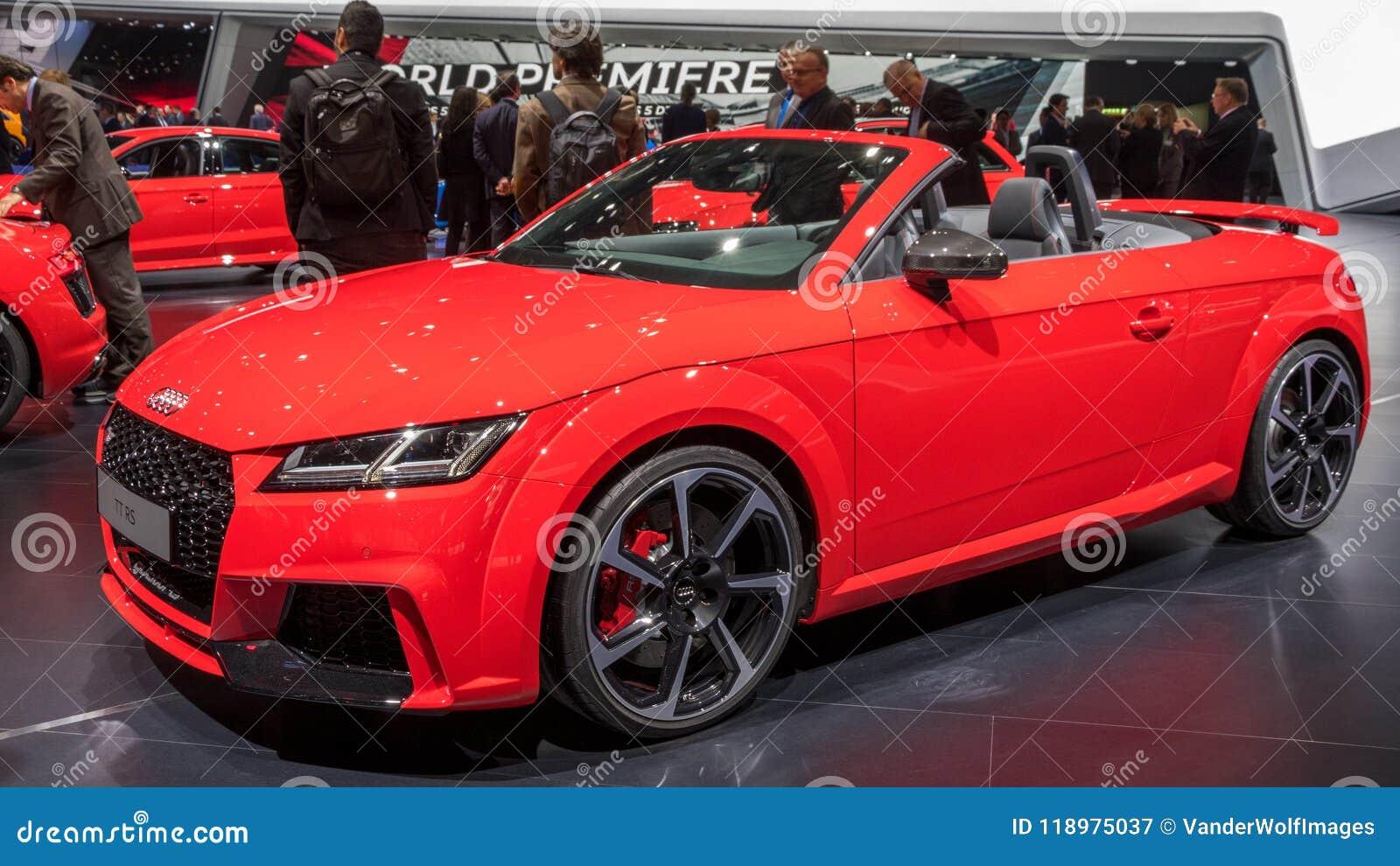 Carro De Esportes Do Cabriolet De Audi Tt Rs Fotografia Editorial Imagem De Audi Esportes 118975037