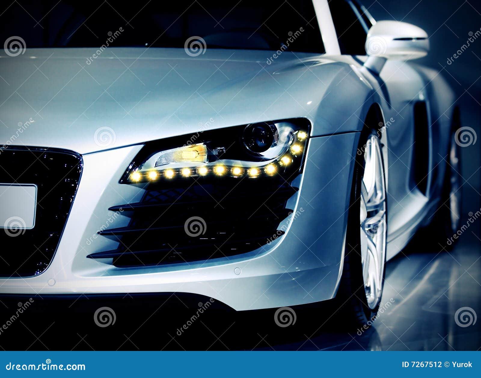 Carro desportivo luxuoso alemão