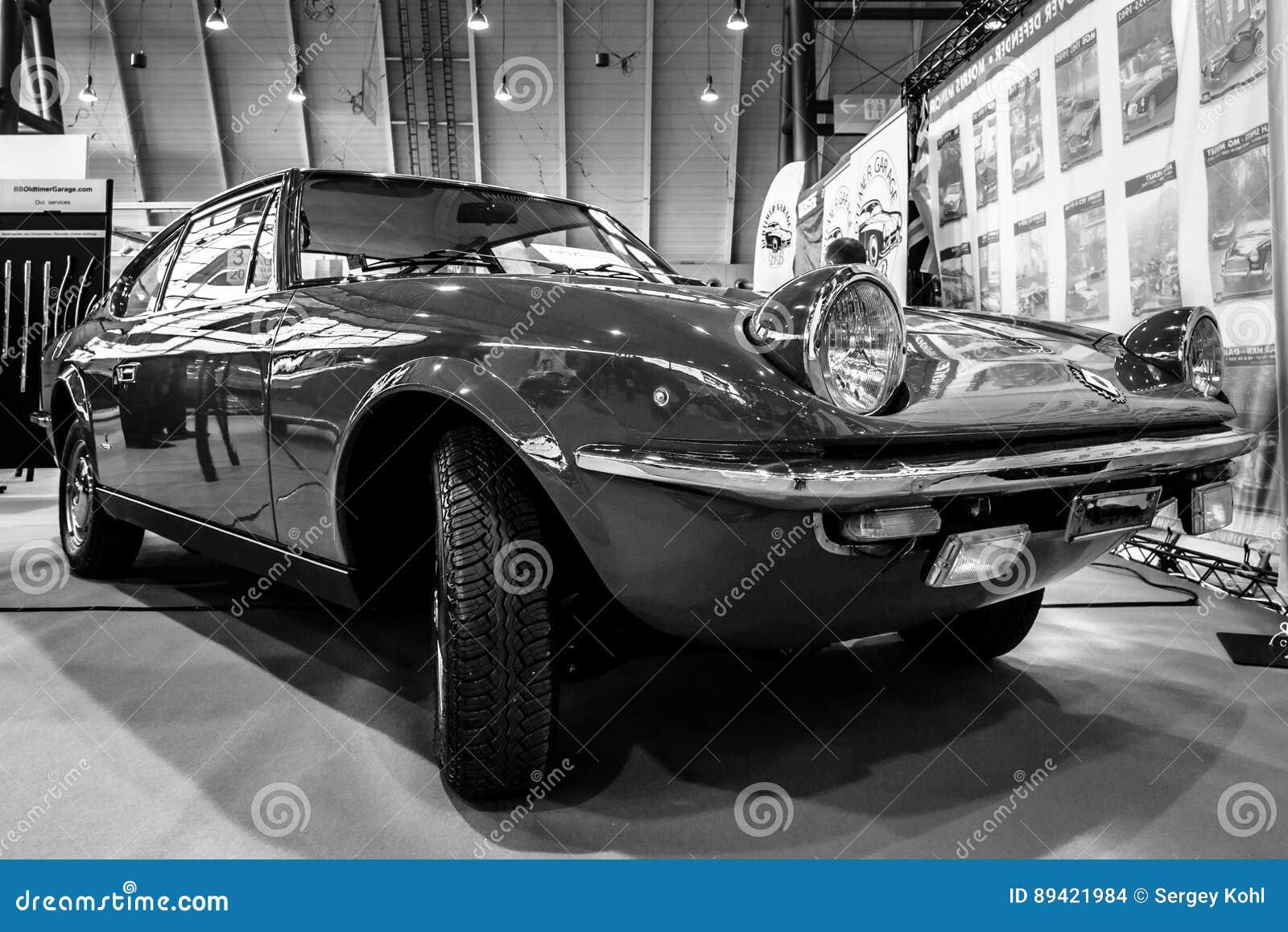 Carro Fiat 125S Samantha do vintage por Carrozzeria Vignale, 1969