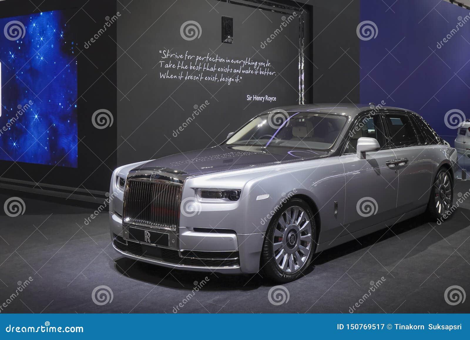 Carro luxuoso de Rolls Royce New Phantom na exposição automóvel 2019