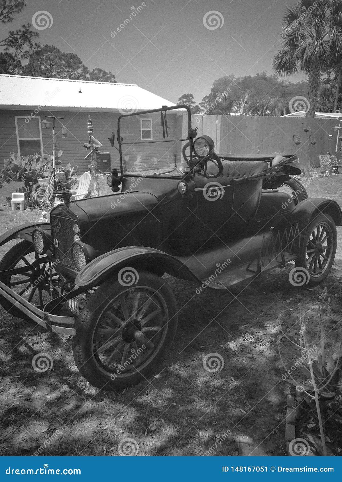 Carro modelo do vintage 1921 T