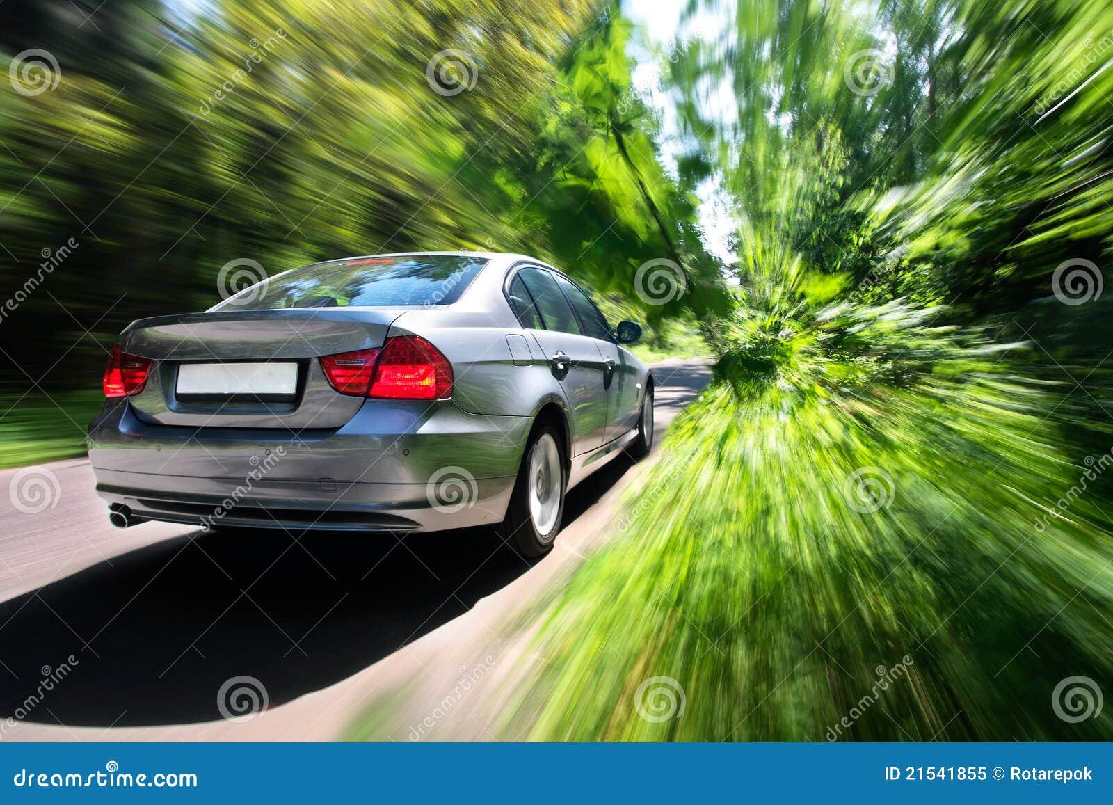 Carro movente rápido
