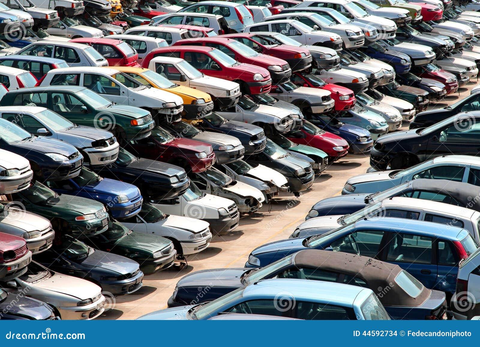 Carros Destru 237 Dos No P 225 Tio Do Cemit 233 Rio De Autom 243 Veis Do