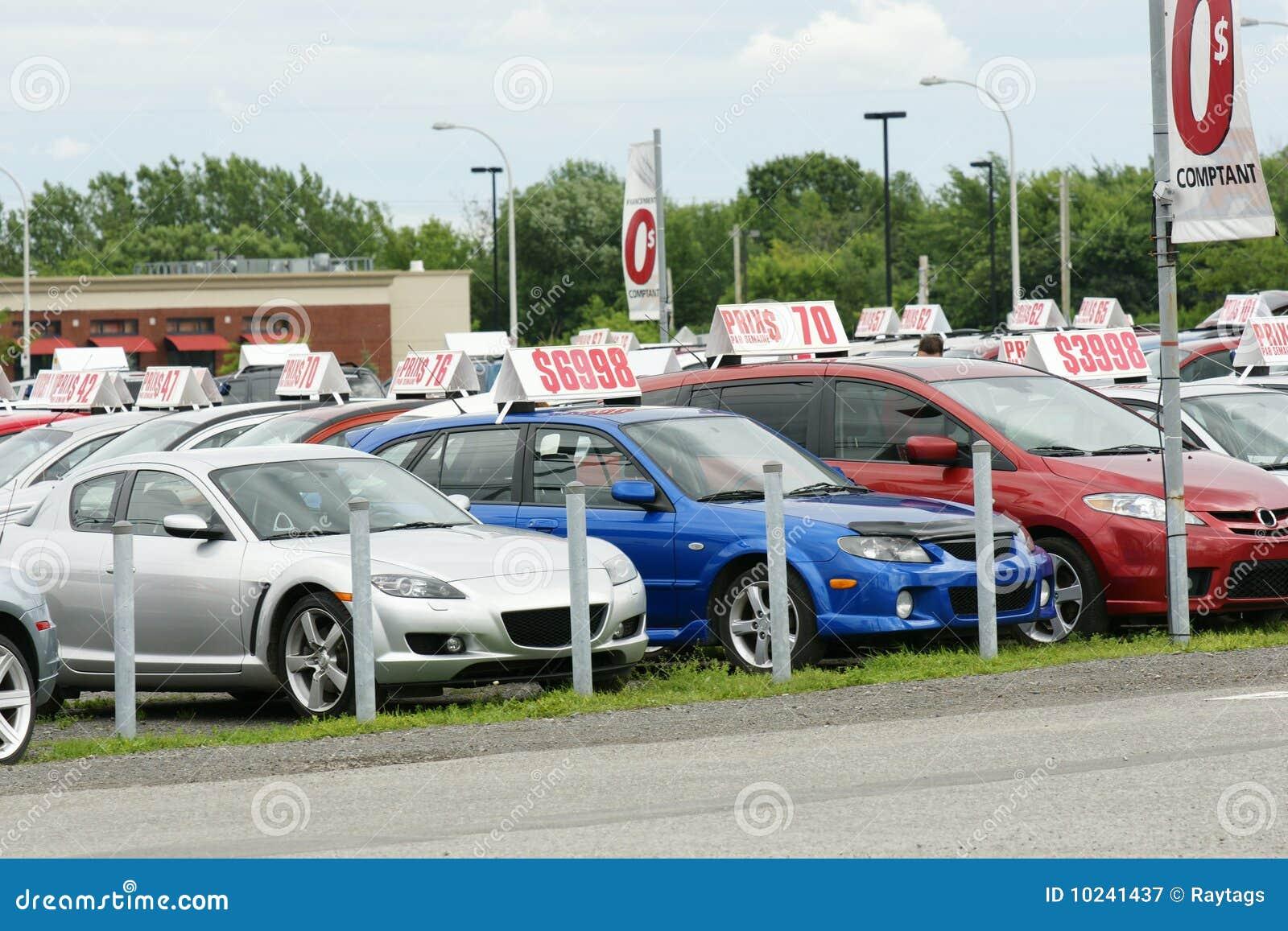 carros usados para a venda fotografia de stock royalty free imagem 10241437. Black Bedroom Furniture Sets. Home Design Ideas