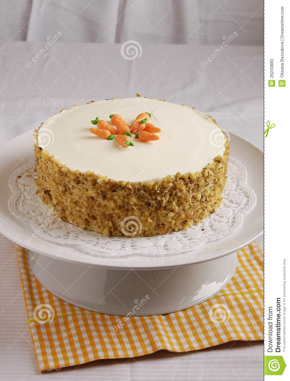 Decorating Ideas For A Carrot Cake