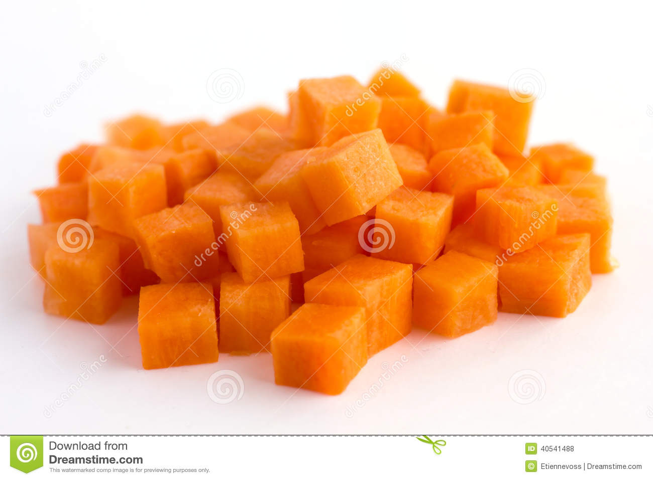 how to cut carrots into cubes