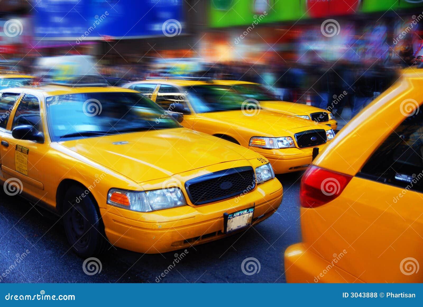 Carrozze gialle nei periodi quadrati, NYC