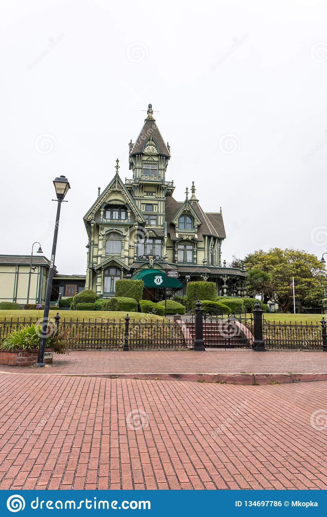 Eureka Ca The Carson Mansion Currently Named Ingomar Club A Northern California Landmark Is A Queen Anne Editorial Photo Image Of Currently July 134697786