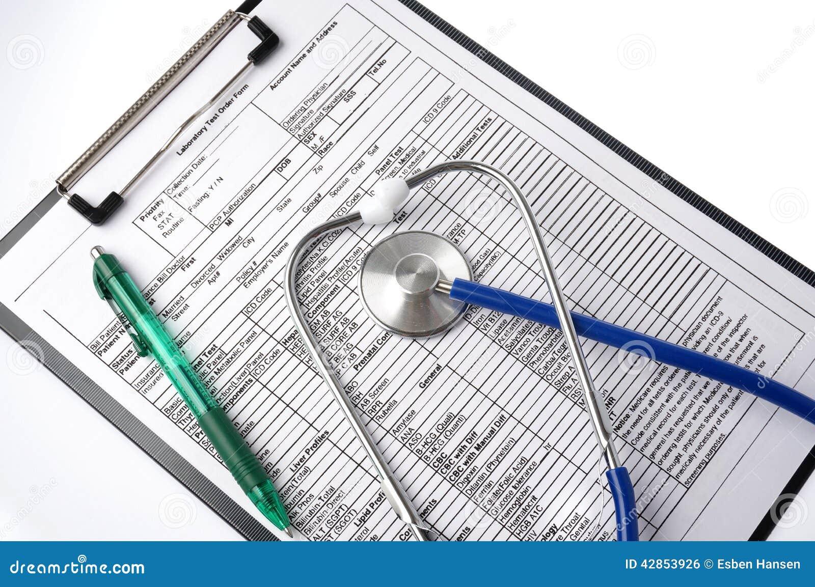 Carta e estetoscópio médicos