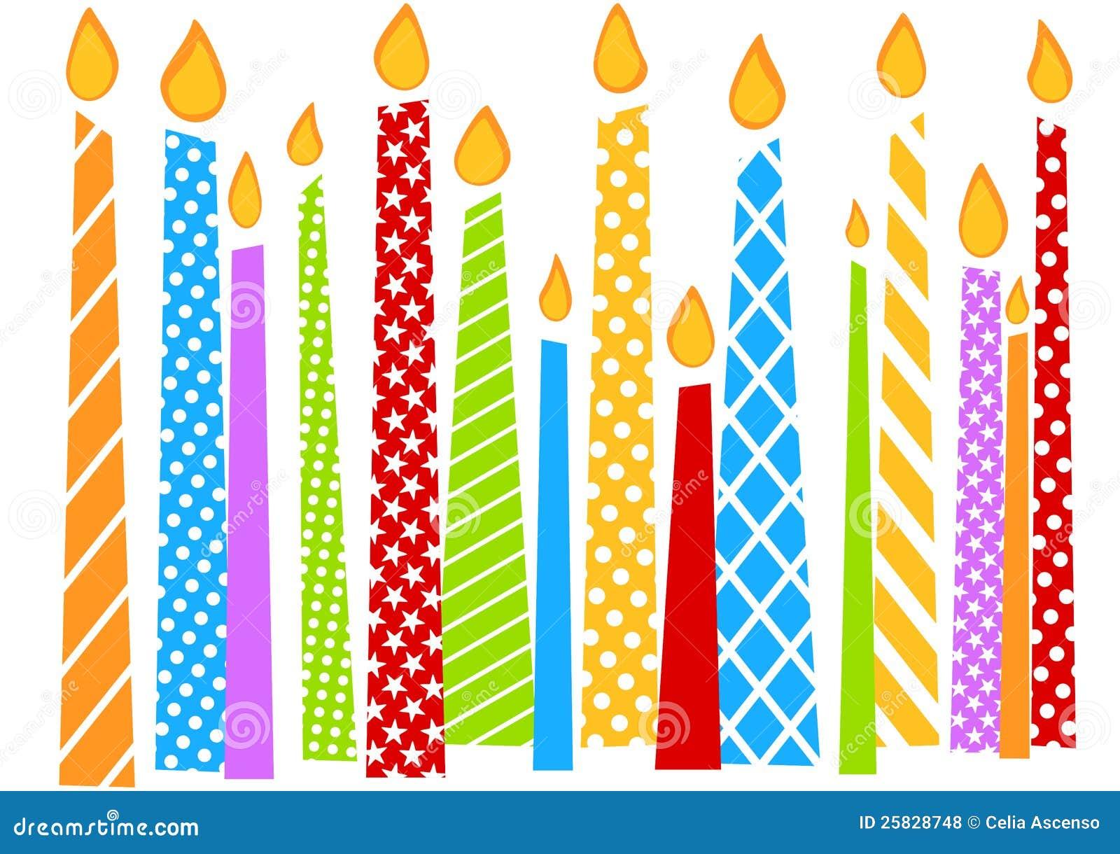 Carte d anniversaire avec les bougies colorées