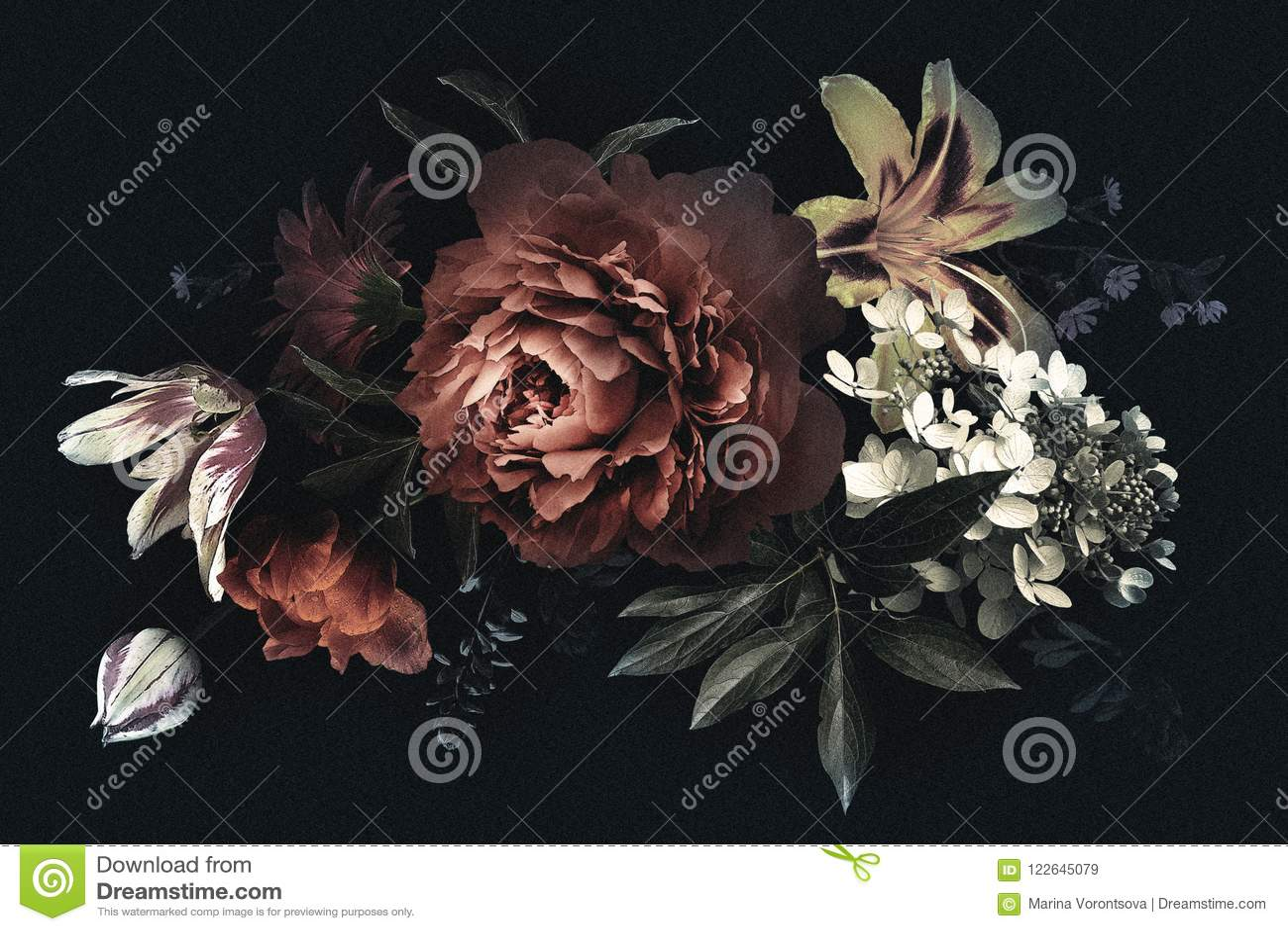 Carte Florale De Vintage Avec Des Fleurs Pivoines Tulipes Lis Hortensia Sur Le Fond Noir Calibre Pour La Conception Invitations Mariage