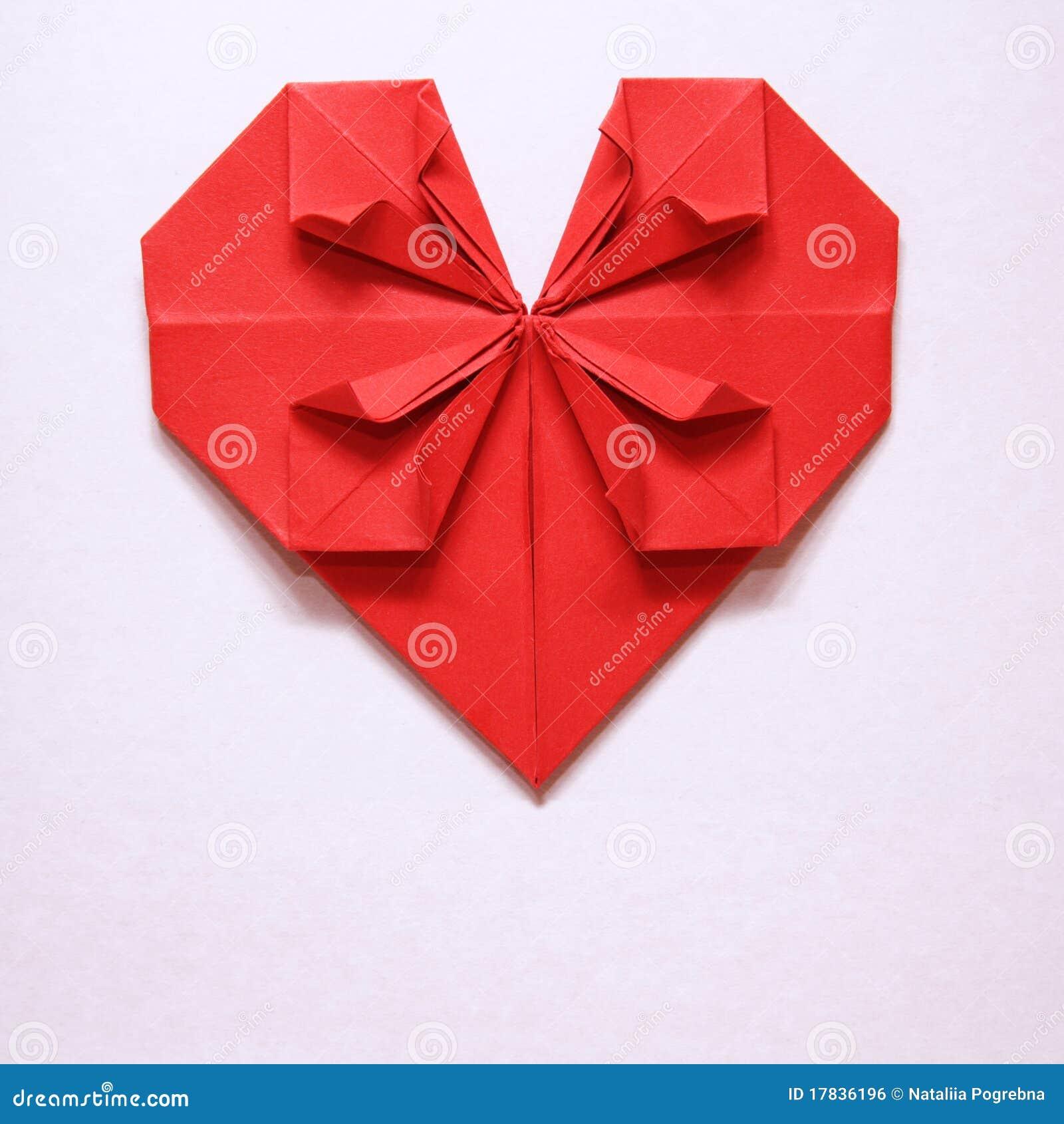 carte rouge d 39 origami de coeur du jour de valentine photo