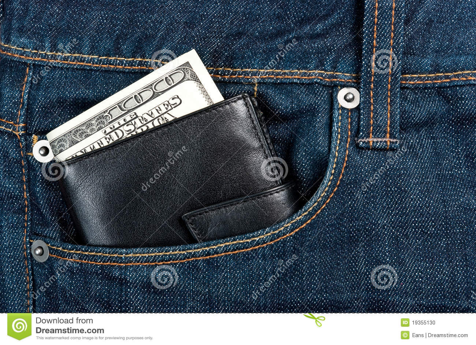Carteira no bolso