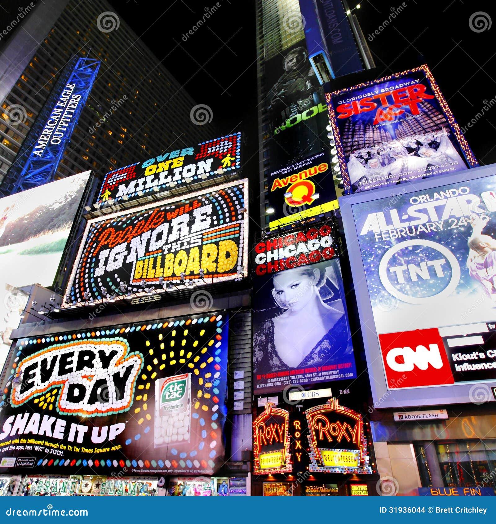 Carteleras de publicidad del Times Square