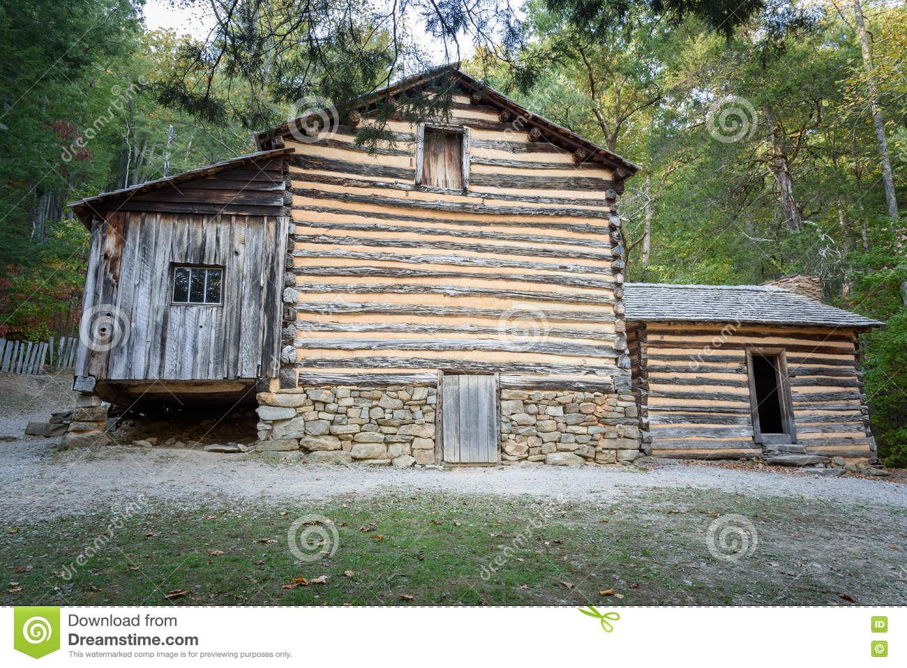mountain cades pinterest f tennessee smoky smokey park and cabin in pin places visit national to cove c cabins