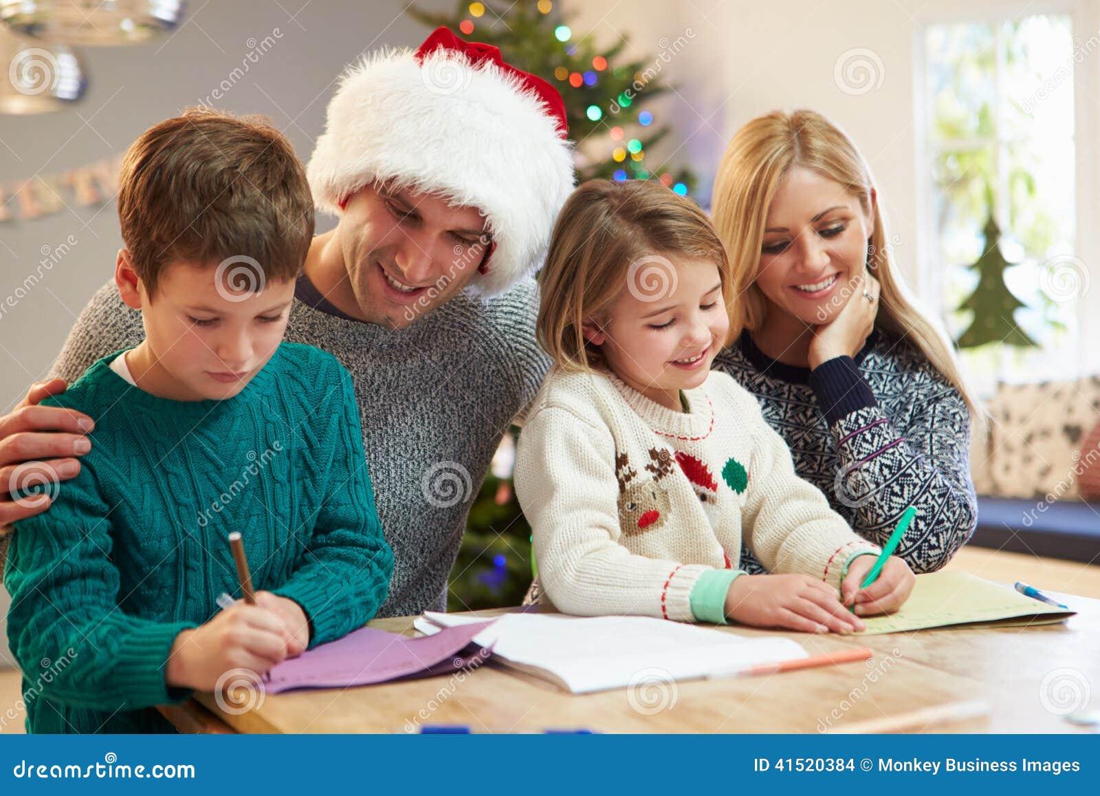 Cartes de Noël d écriture de famille ensemble