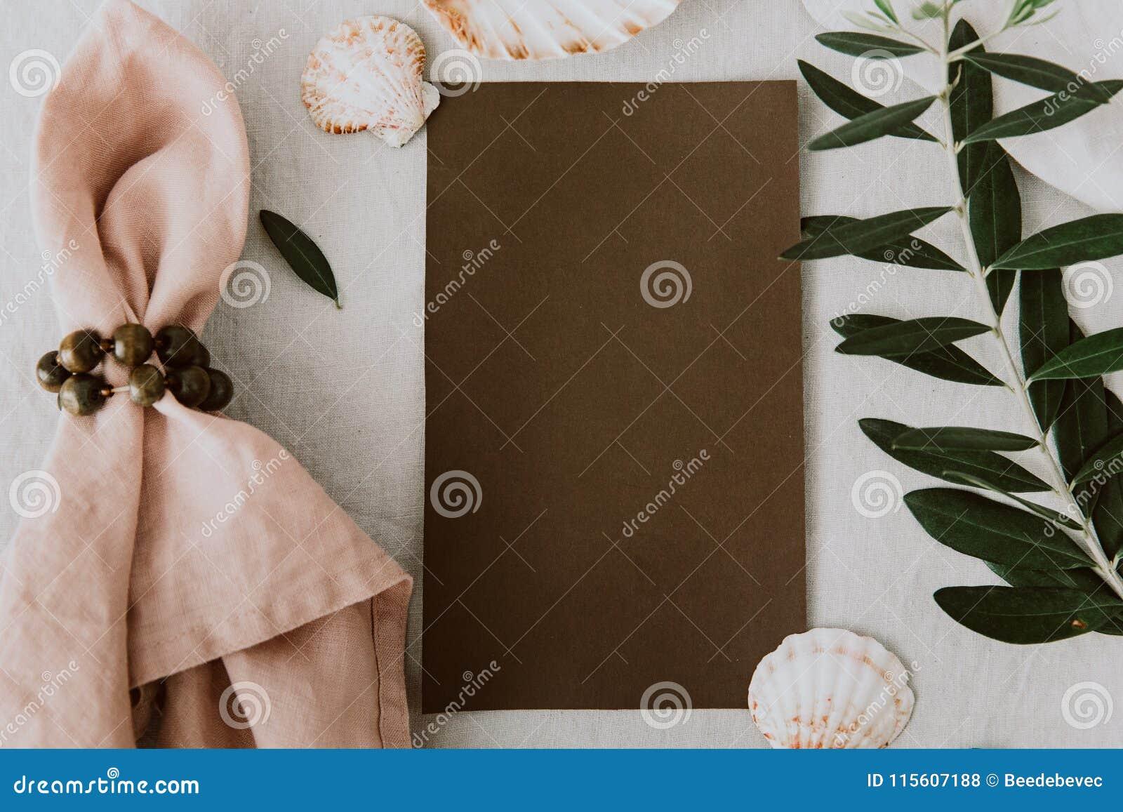 Cartes Rustiques D Invitation De Mariage Avec La Serviette