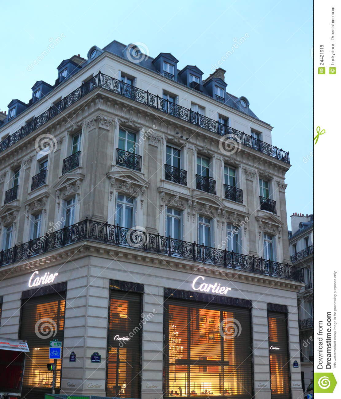 Paris Department Store Christmas Decorations: Cartier Store Editorial Stock Photo. Image Of Street