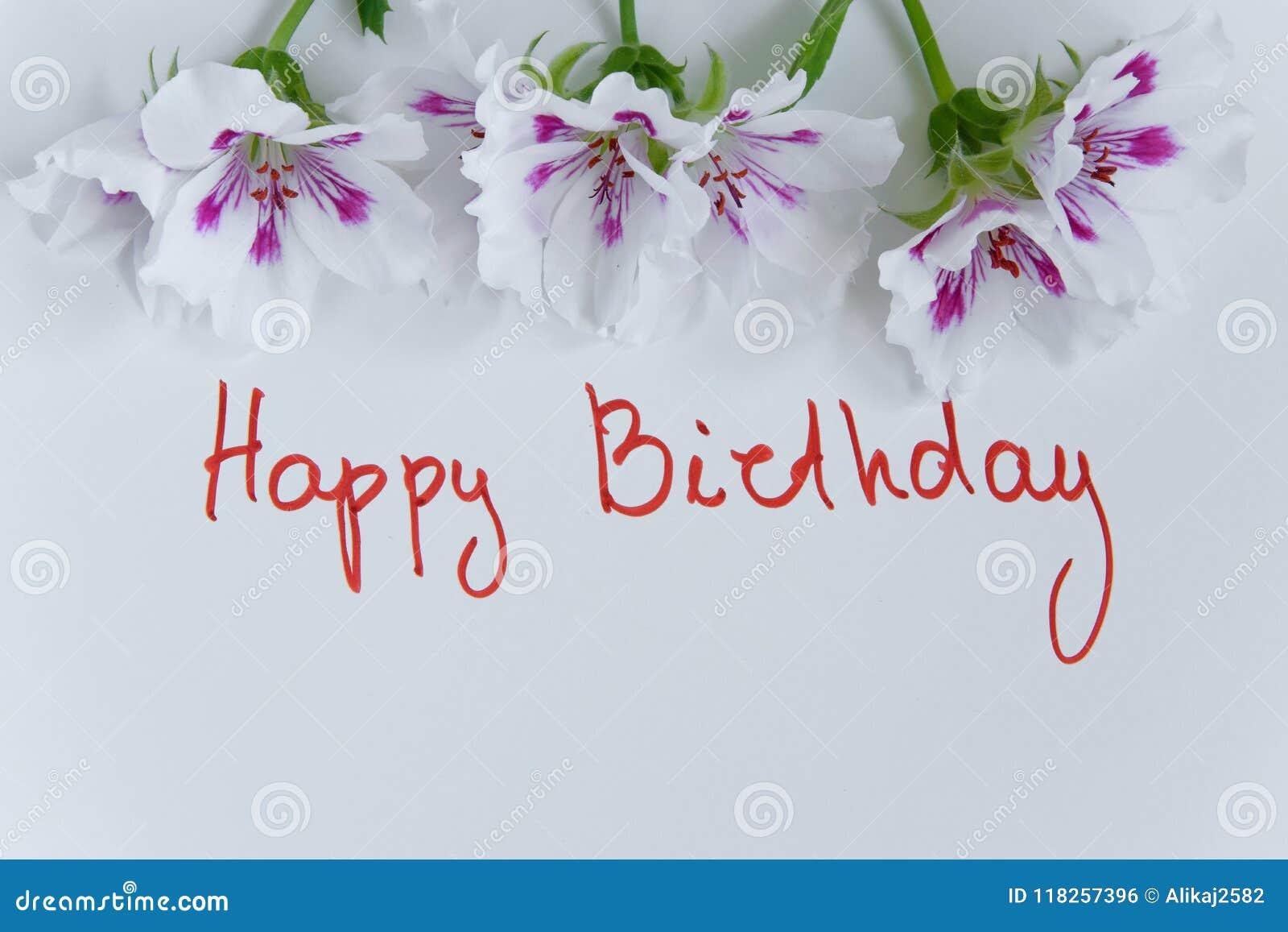 Cartolina D Auguri Di Buon Compleanno Con I Fiori Freschi Su