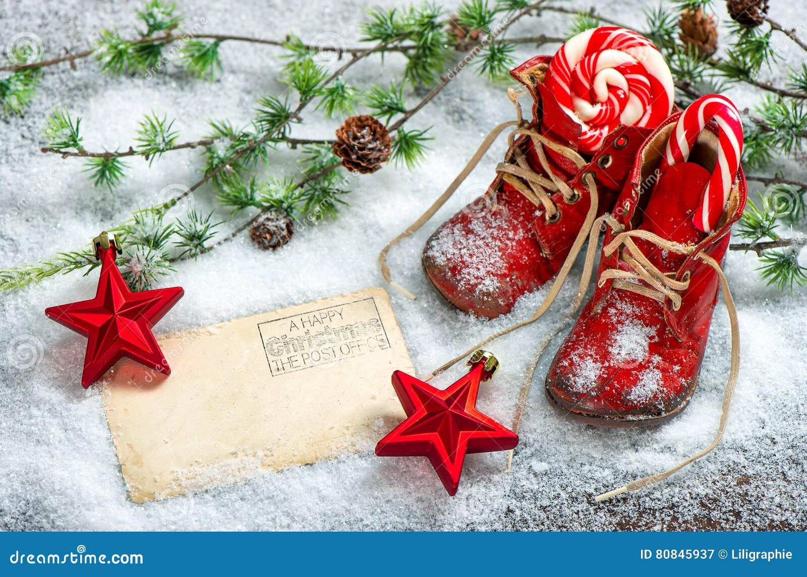 Immagini Di Natale Antiche.Cartolina Rossa Delle Scarpe Di Bambino Dell Oggetto D